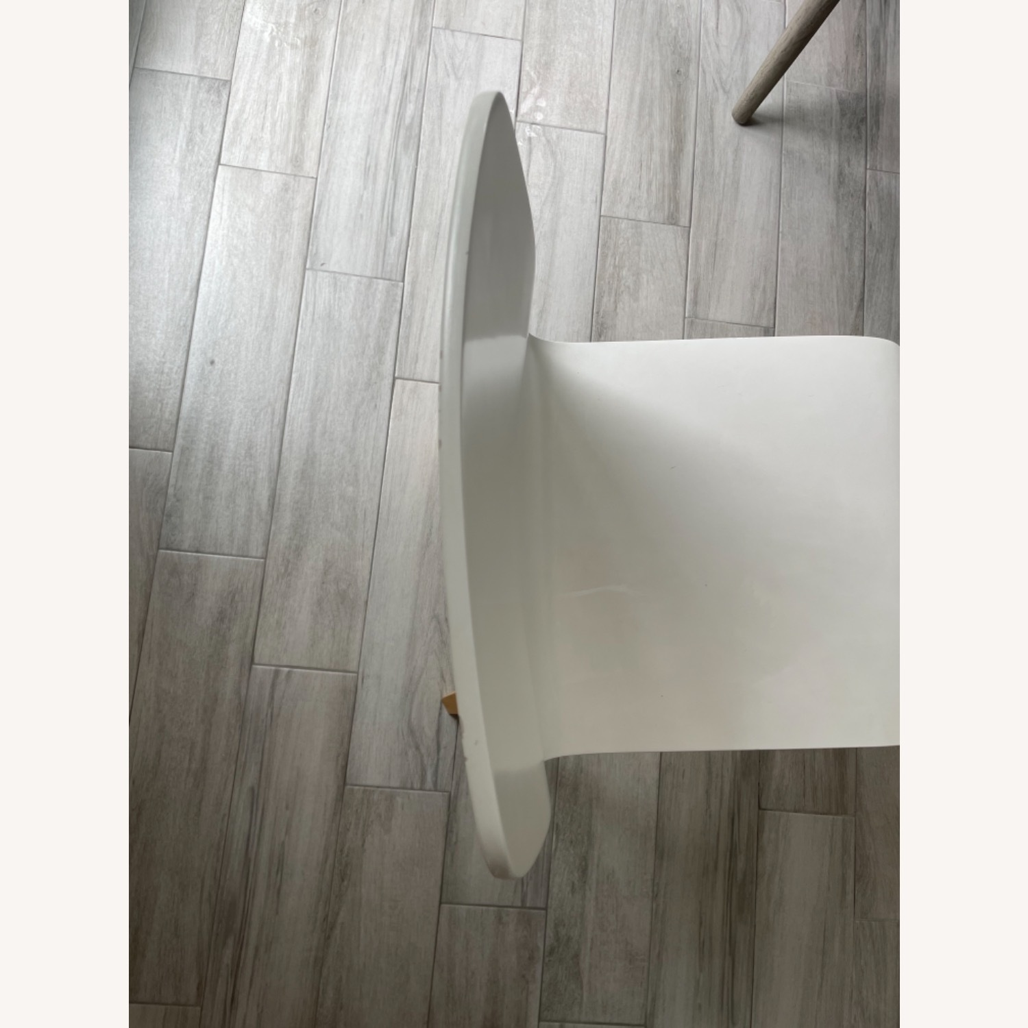 Anthropologie White Tamsin Dining Chairs (4) - image-5