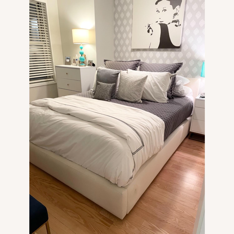 Room & Board Wyatt Queen Platform Bed - image-3