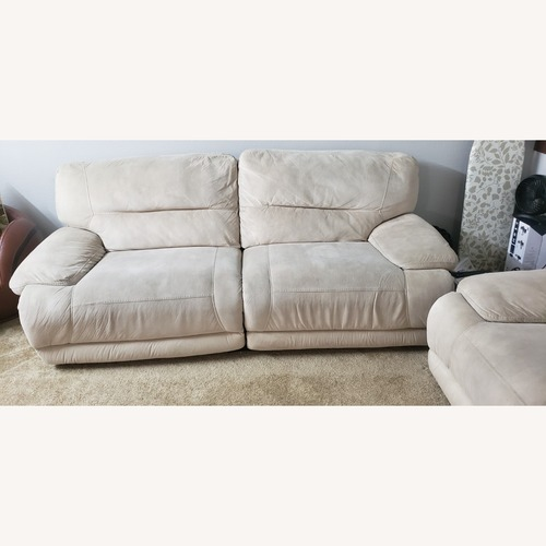 Used Rooms To Go Comfy Sofa for sale on AptDeco