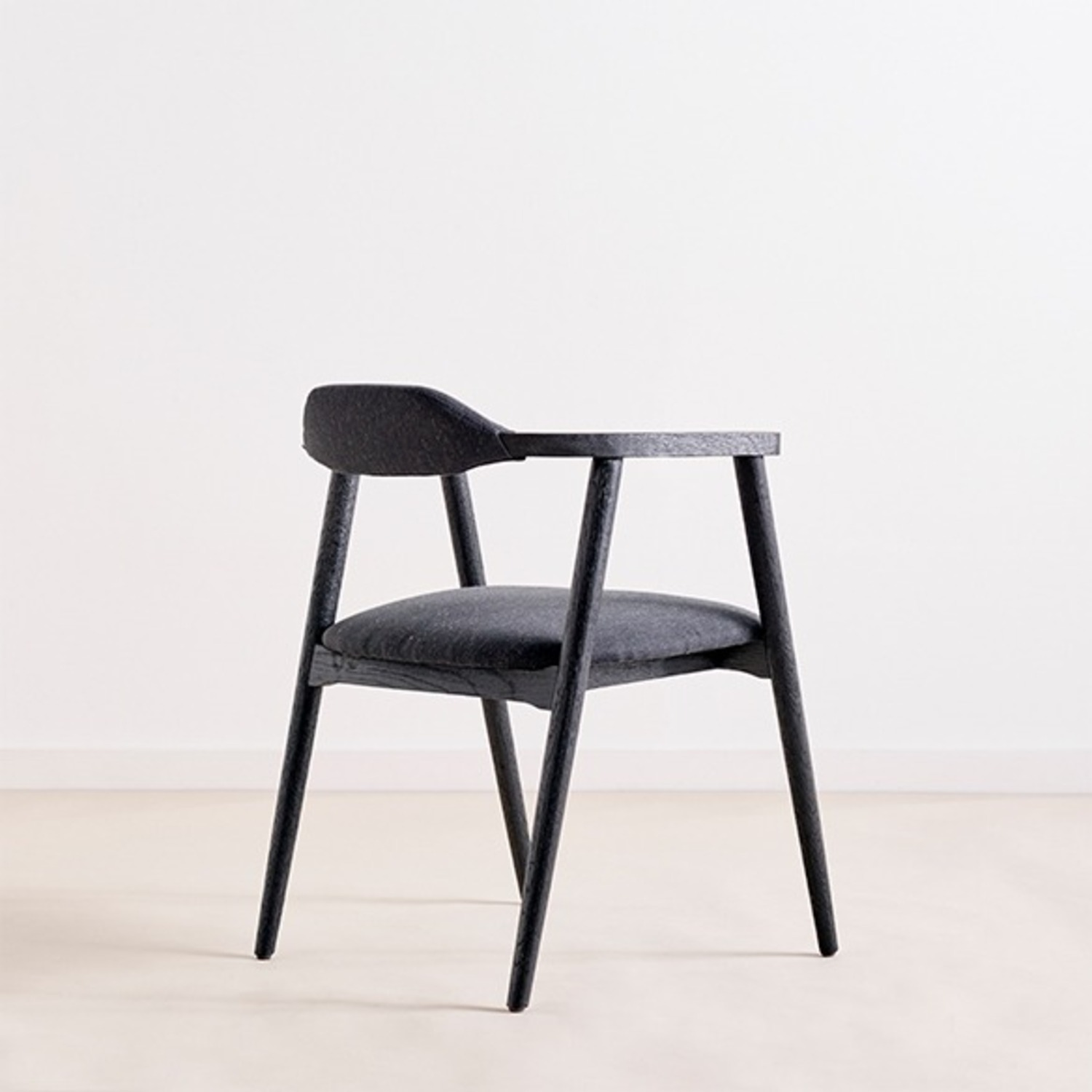 LH Imports Finch Chair - image-7