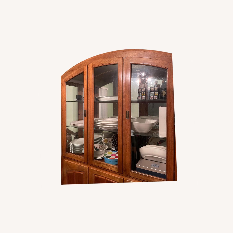 Cabinet - image-0