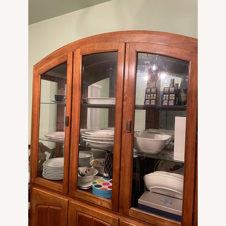 Cabinet - image-1