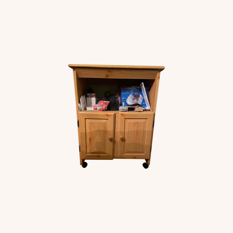 Mini Cabinet - image-0