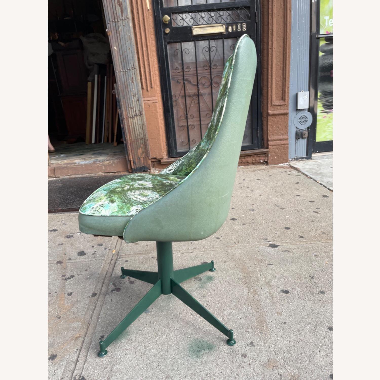 Progressive Mid Century 1950s Swivel Chair - image-17