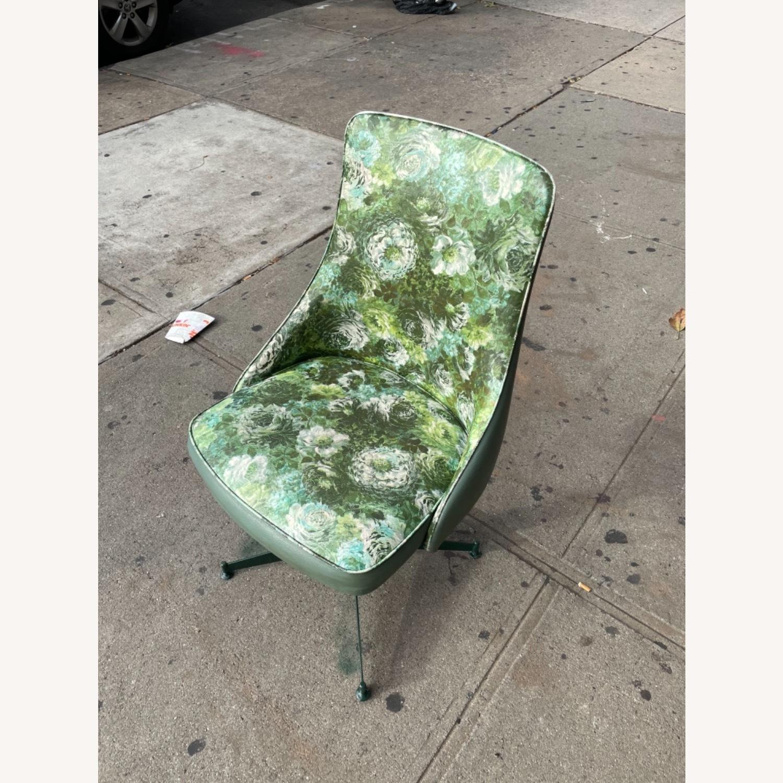 Progressive Mid Century 1950s Swivel Chair - image-3