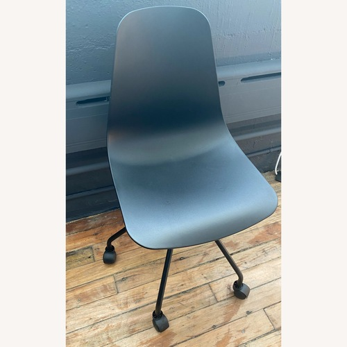 Used Article Svelti Office Chairs for sale on AptDeco
