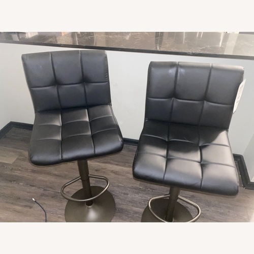 Used Black Leather Barstools for sale on AptDeco
