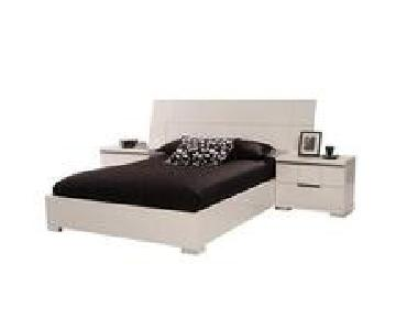 Asti Italian Lacquer Queen Platform Bed Frame + 1 Nightstand