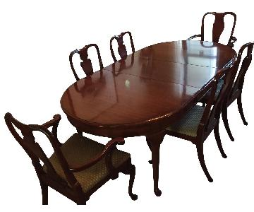 W. & J. Sloane Mahogany Dining Room Table w/ 6 Chairs
