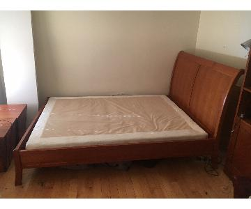 Stickley Audi & Co Queen Size Sleigh Bed Frame