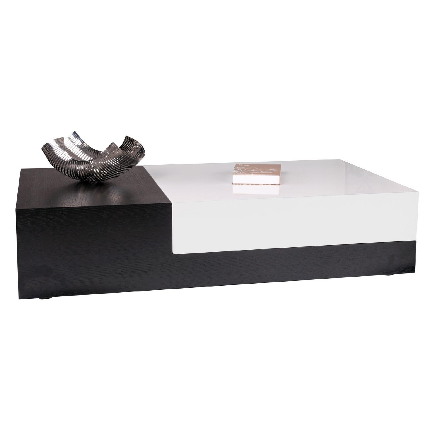 Modern 2-Tone Black Oak-High Gloss White Coffee Table w/ Slide-Out Storage Compartment