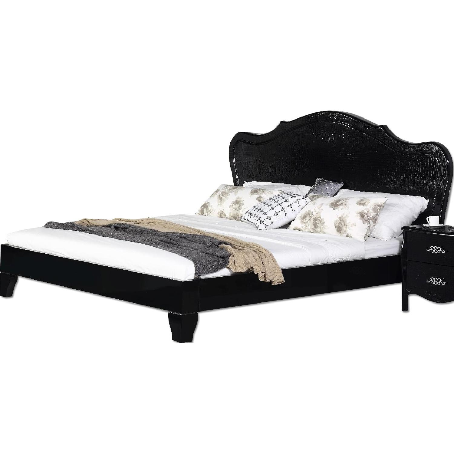 King Size Neo-Classical Style Platform Bed in High Gloss Black Finish w/ Crocodile Pattern Headboard