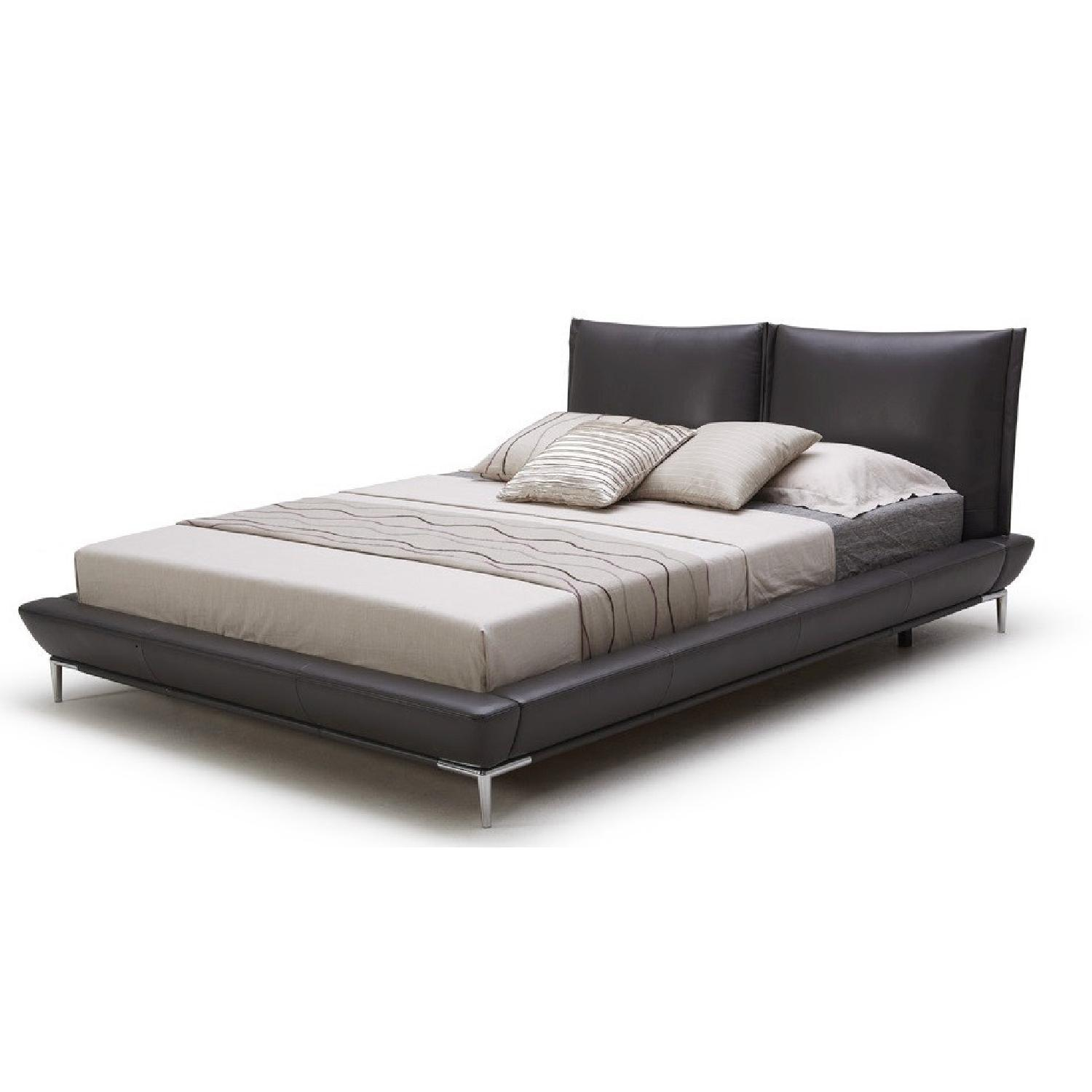 Queen Size Modern Full Leather Platform Bed w/ Padded Headboard in Dark Graphite