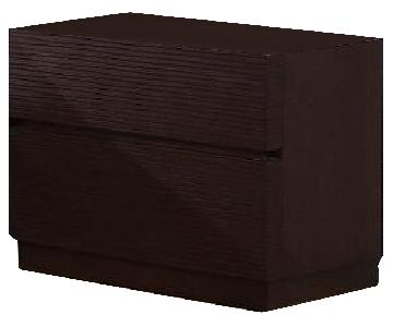 Modern 2-Drawer Nightstand in Wenge Finish w/ Line-Etched Drawer Face Design
