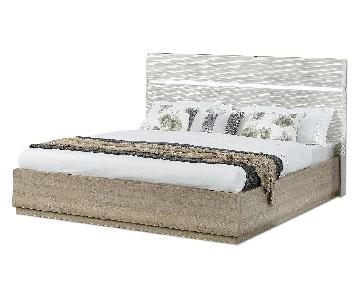 Queen Size Modern Platform Bed in 2-Tone Gloss Beige/Matte Natural w/ LED Lighting in Headboard & Line-Etched Design