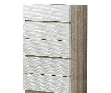 Modern 5-Drawer Chest in 2-Tone Gloss Beige/Matte Natural w/ Line-Etched Design on Drawer Faces