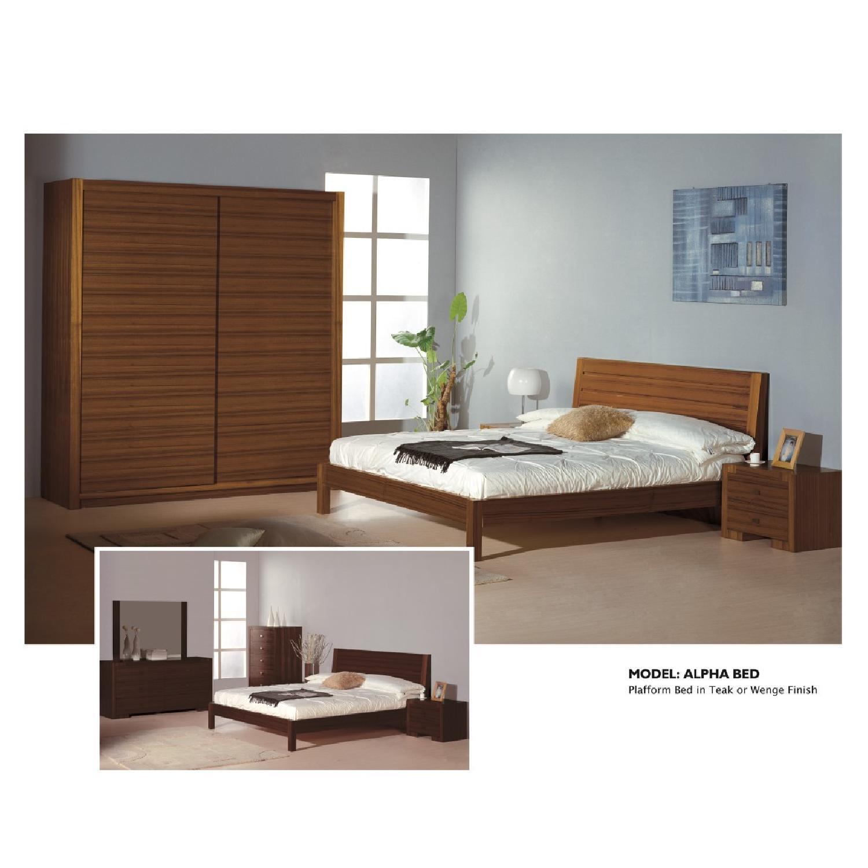 Modern Sliding Door Wardrobe In Walnut Finish W Aptdeco