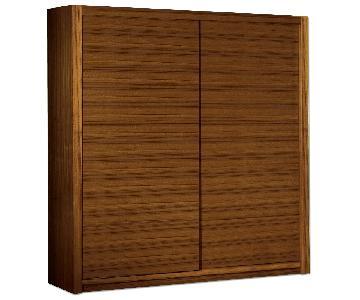 Modern Sliding Door Wardrobe in Walnut Finish w/ Shelf/Hanging Bar & 2 Bottom Drawers