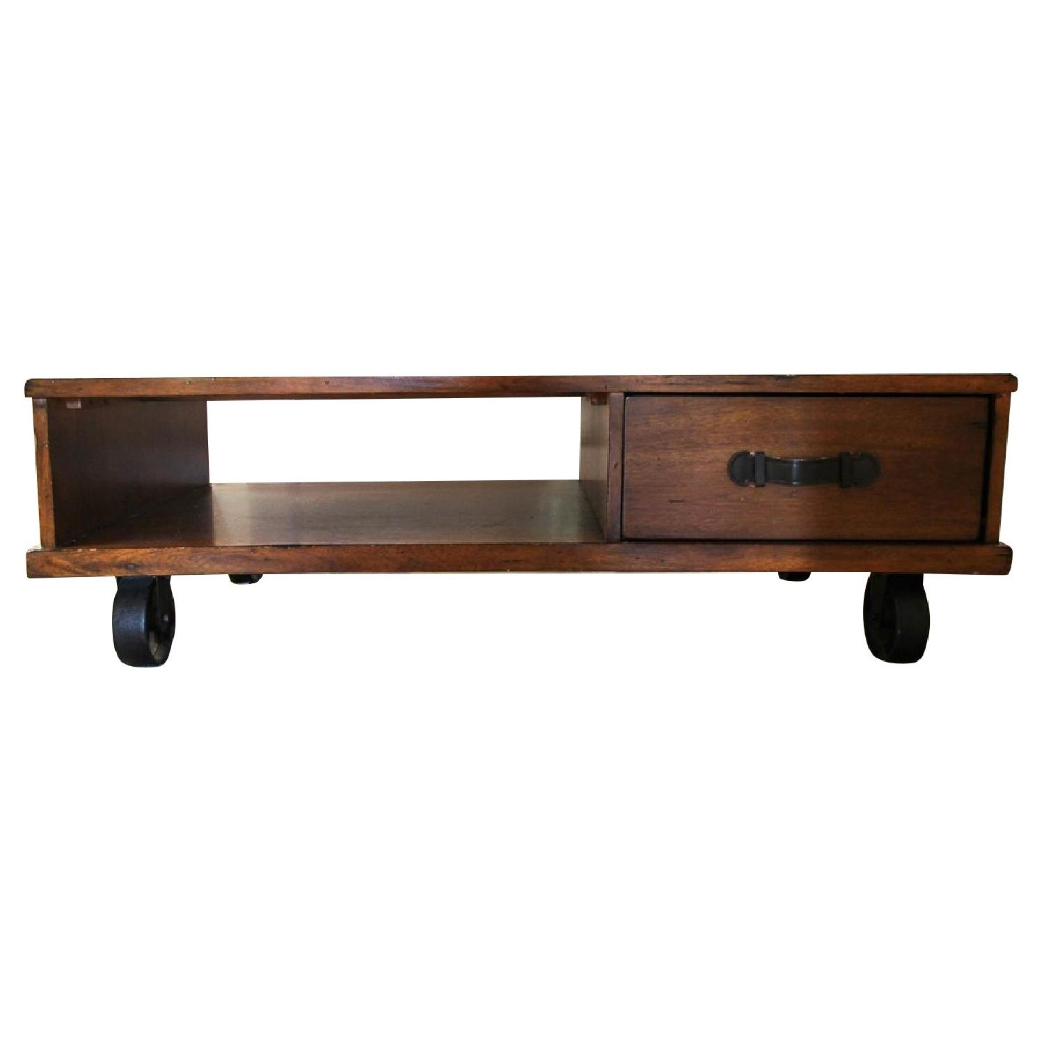 Reclaimed Chestnut Industrial Loft Coffee Table Aptdeco