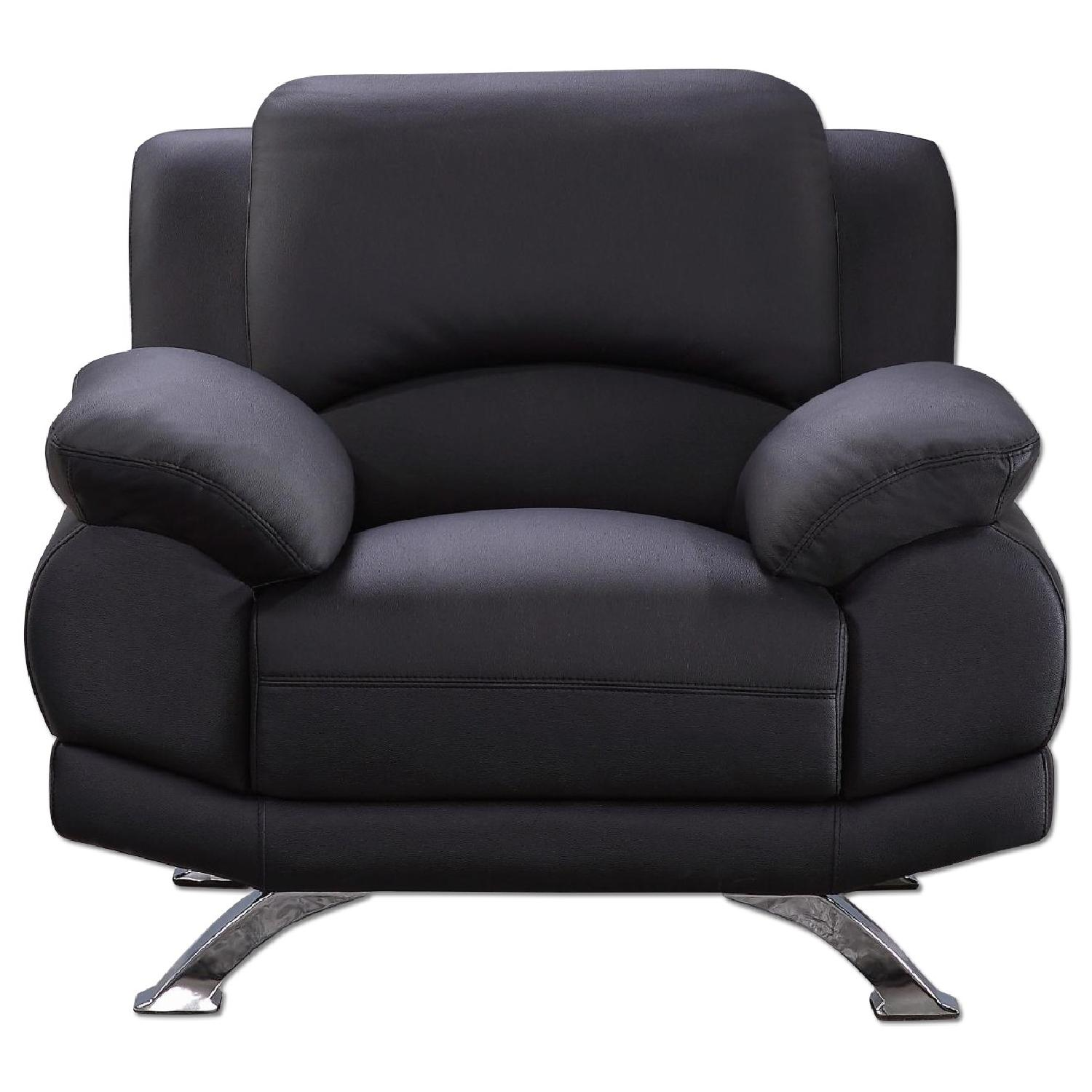 Casual Style Arm Chair in Black Top Grain Leather w/ Gently Sloped Armrests & Chrome Legs