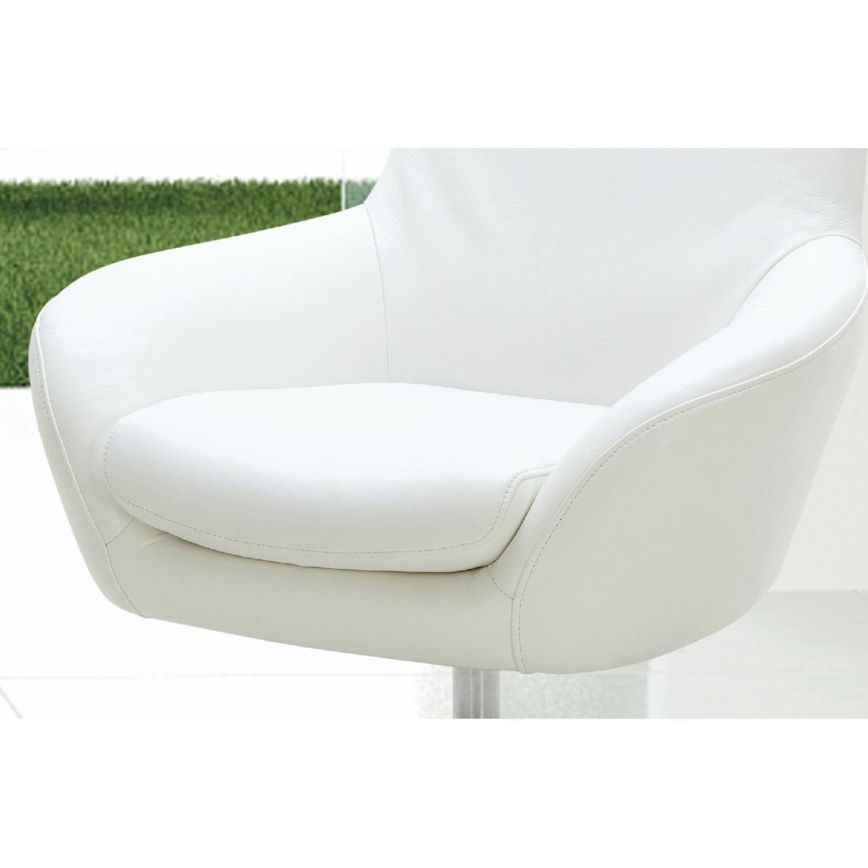Stupendous Modern Style Swivel Accent Chair In White Premium Full Creativecarmelina Interior Chair Design Creativecarmelinacom