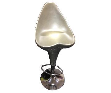 Modern Swivel Height Adjustable Barstool in Glossy Silver Finish w/ Chrome Base & Heart Shape Seat