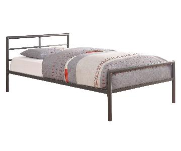 Twin Size Metal Platform Bed Frame in Gunmetal Finish