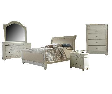 Liberty Furniture Harbor View III 5-Piece Bedroom set in Dove Gray