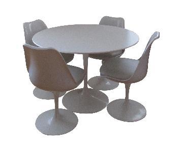 Saarinen 5 Piece Dining Set