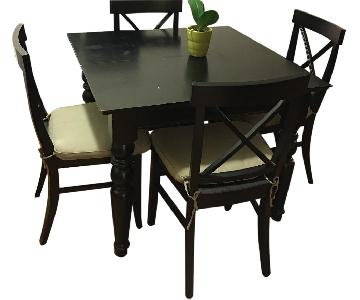 Pottery Barn Dining Table w/ 4 Chairs