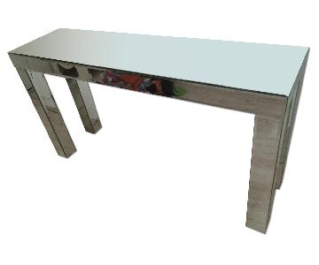 Mirrored Parsons Table