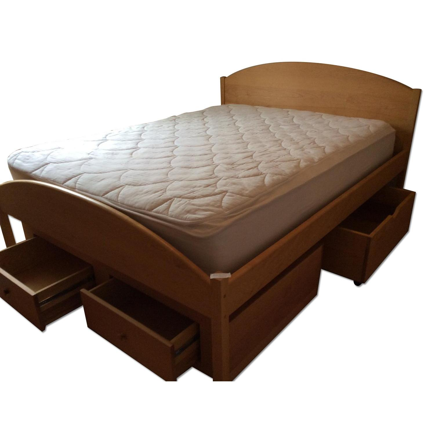 Pompanoosuc Mills Maple Queen Storage Bed ...  sc 1 st  AptDeco & Pompanoosuc Mills Maple Queen Storage Bed - AptDeco