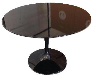 Mid Century Style Round Tulip Table in Black Finish
