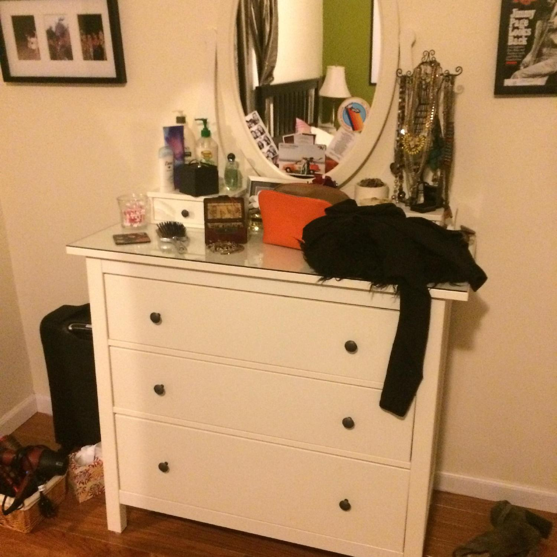 Ikea Hemnes Dresser With Vanity Mirror Aptdeco