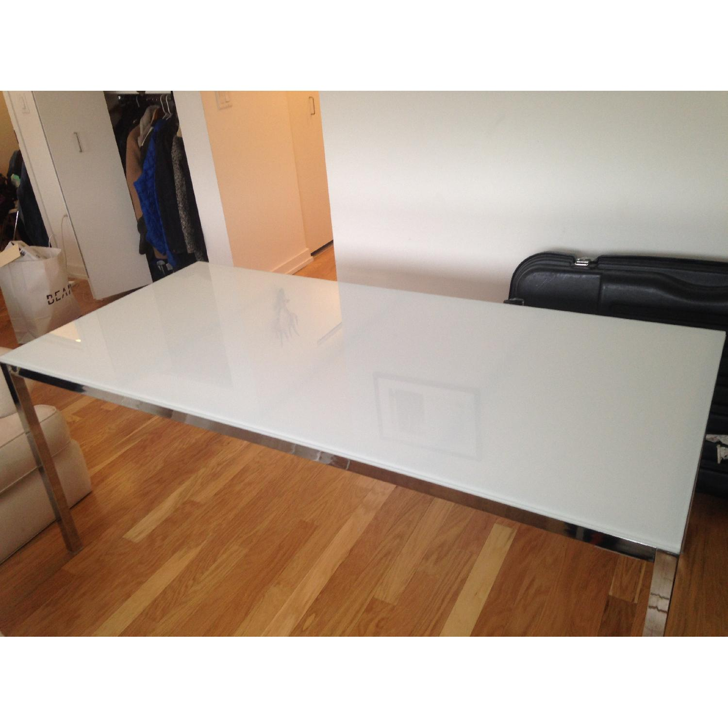 Used dining tables for sale in nyc aptdeco for Ikea glass table tops