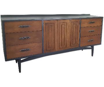 Broyhill Sculptra 2 Tone Mid Century Modern Dresser
