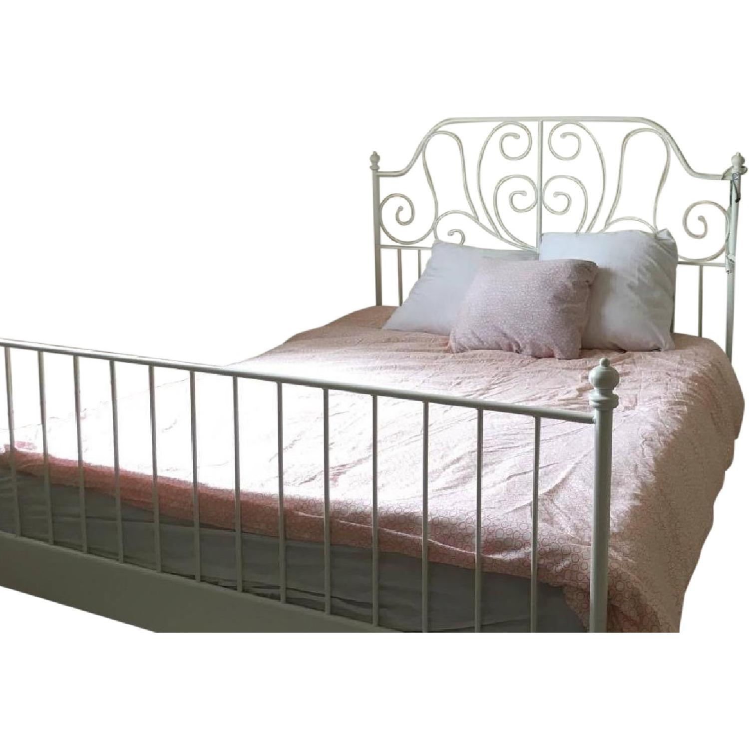 Picture of: Ikea Queen Size White Metal Bed Frame Small Bookcase Aptdeco
