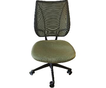 Humanscale Liberty Task Desk Chair in Green
