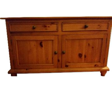Country Pine Sideboard in Cherry Finish