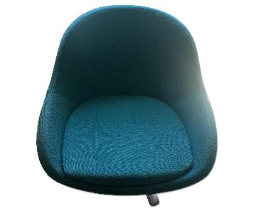 BoConcept Veneto Womb Style Swivel Chair