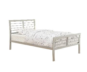 Modern Twin Size Metal Platform Bed in Silver Finish