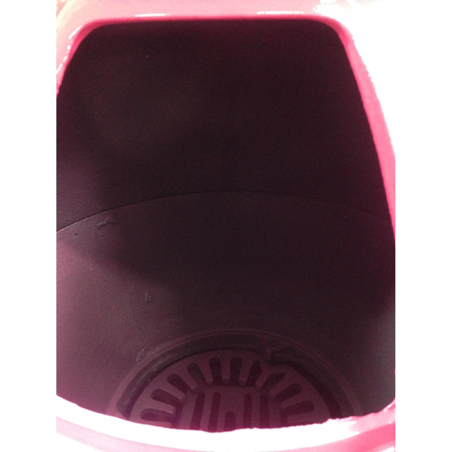 Hot Pink Pot Belly Stove-3
